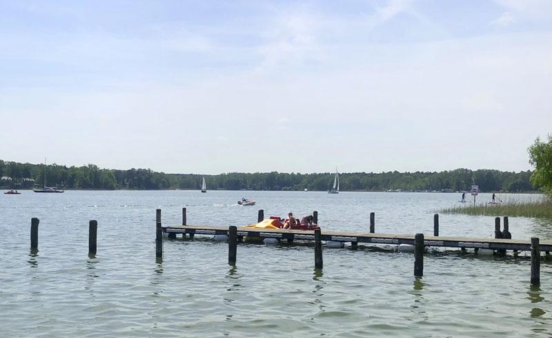 Scharmützelsee mit Tretboot